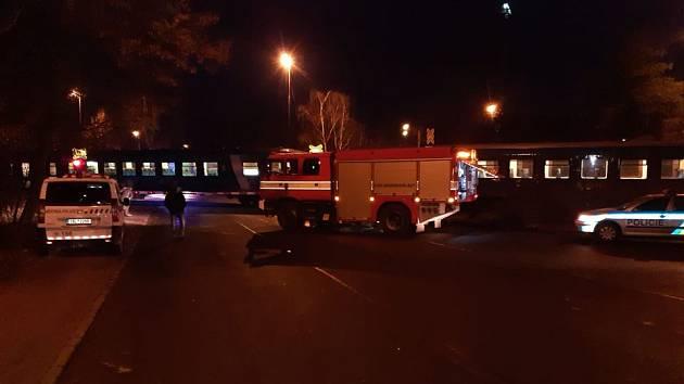 V Neratovicích srazil vlak člověka.