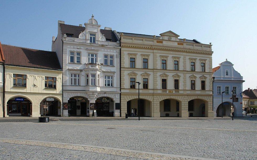 Současný stav hotelu Zlatý beránek.