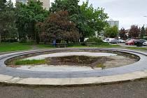 Seifertovo náměstí by se rekonstrukce dočkat mohlo, ovšem jen s dotacemi.