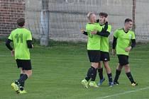 Fotbalisté Dynama Nelahozeves si vyšlápli na další tým z popředí tabulky.
