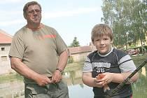 Jirka Špindler se svým tátou rybaří už čtyři roky