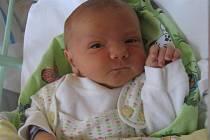 Oliver Binder se rodičům Gabriele a Tomášovi ze Zlončic narodil v mělnické porodnici 30. dubna 2013, vážil 3,20 kg a měřil 52 cm. Na brášku se těší 2,4letá Sárinka.