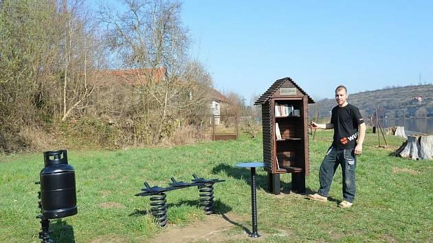 Dej&Ber veřejná knihovna