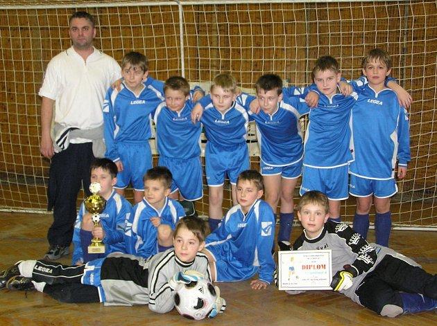 Vítězný tým Neratovic A.