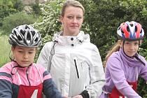 Učitelka Hana Házová (na snímku) doprovázela mšenské děti na okresní kolo dopravní soutěže v Mělníku.