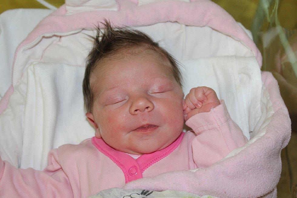 Eliška Patočková, Neratovice. Narodila se 9. prosince ve 21:41, vážila 3 620 g a měřila 51 cm. Rodiči Aleš a Růžena Patočková.