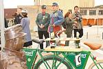 Již po čtvrté se vcentru dolního Povltaví konaly Švejkovy cyklomanévry. Zorganizovali je kralupští švejkologové a příznivci Haškova románu. Spanilá, manifestační jízda na historických bicyklech se konala v sobotu dopoledne.