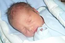 Miloslav Špic se rodičům Miloslavovi a Michale narodil 19. ledna 2012, vážil 3,30 kg a měřil 48 cm. Na brášku doma čeká osmiletá Žanetka a skoro pětiletá Barunka.
