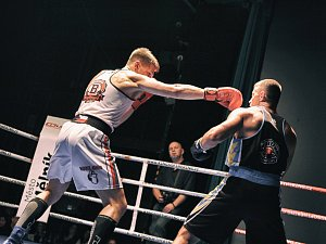 Galavečer bojových sportů.