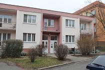 Vedení města plánuje vybudovat nové sociální byty v místě azylového domu v Dukelské ulici, který by měl být navýšen o jedno patro.