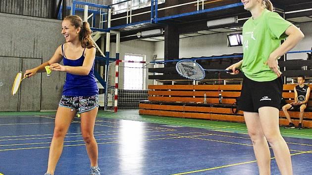Badmintonový turnaj gymnazistů z Mělníka.