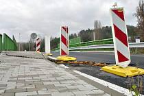 Most v Nelahozevsi je v havarijním stavu.