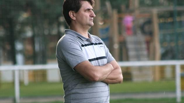 SK Vojkovice (v oranžovém) - AFK Hořín; 6. kolo okresního přeboru; 13. září 2014