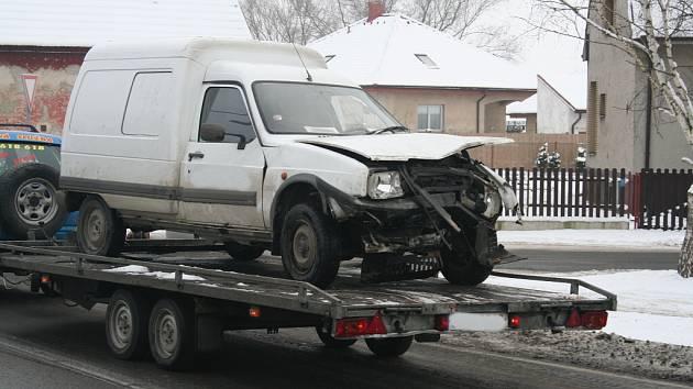 Nehoda dvou osobních automobilů ve Vavřinči