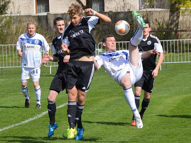Sokol Libiš - SK Kladno (3:2); 22. kolo divize B; 18. dubna 2015