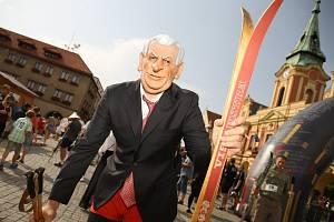 Už 26. ročník Mělnické Jizerské padesátky se jel v centru města.