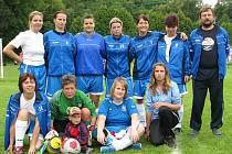Letní přestávku si fotbalistky Všestud zkrátily účastí na turnaji v Černé Hoře v jihomoravském okrese Blansko.