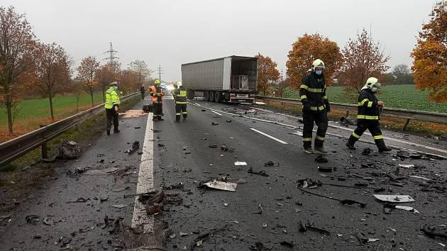 Tragická nehoda u Spomyšle na silnici I/16.
