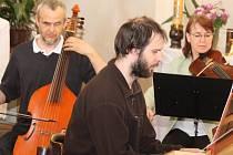 Noc kostelů 2016 - kostel sv. Vojtěcha v Neratovicích rozezněla hudba souboru Musica Pro Sancta Cecilia.