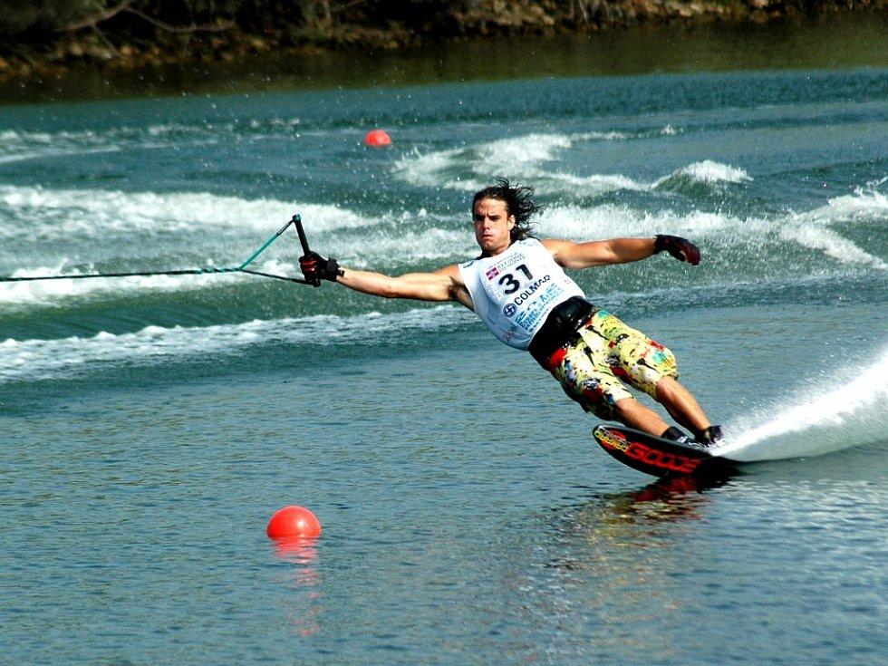 Adam Sedlmajer při slalomu
