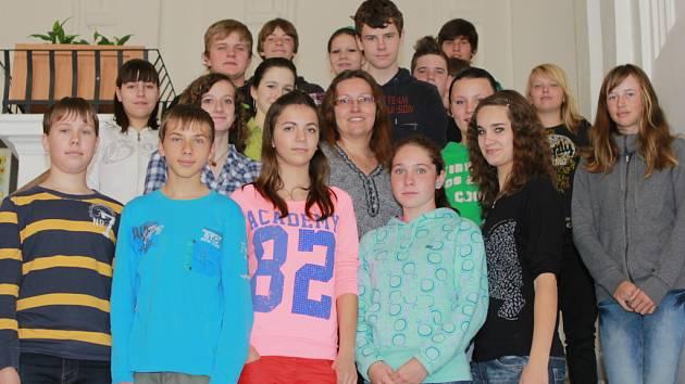 Michaela Vacková se svými angličtináři.