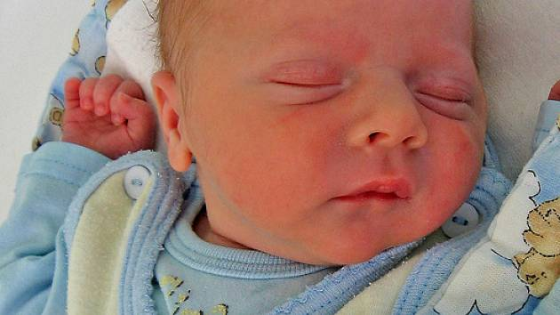 Vít Štemberk se rodičům Miluši a Pavlovi z Nelahozevsi narodil 14. listopadu 2008, vážil 2,90 kg a měřil 48 cm.