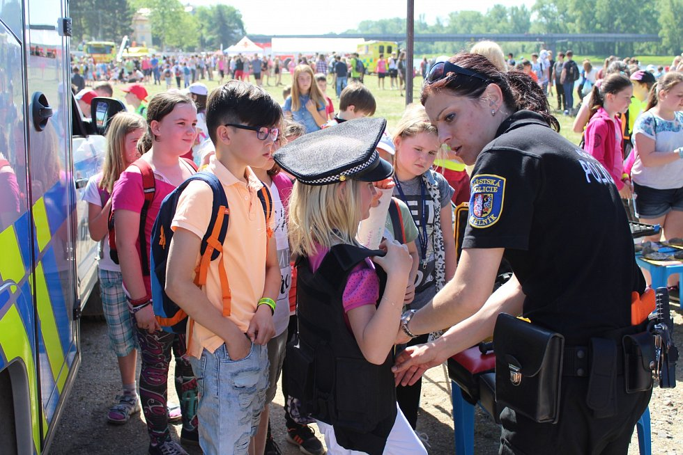 Den bezpečí a pořádku v Mělníku pořádaly všechny složky záchranného systému z celého Středočeského kraje.