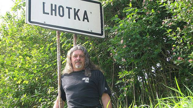 Pořadatel Lhotka Festu Roman Novák