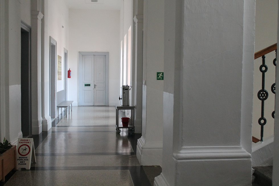 Na Základní škole Jaroslava Seiferta ve středu vyučování neprobíhalo.