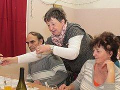 Guláš Open v Mlékojedech lákal nejen soutěžící, ale i porotu, kterou tvořili návštěvníci.