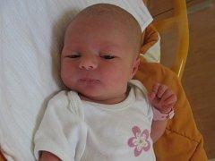Emma Studená se rodičům Lucii a Pavlovi z Liblic narodila v mělnické porodnici 19. června 2013, vážila 2,73 kg a měřila 48 cm. Na sestřičku se těší 7letá Deniska.