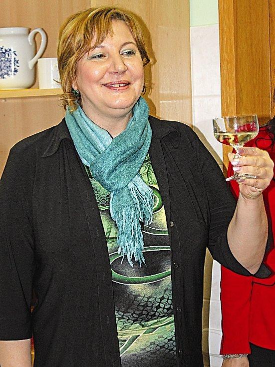 Ředitelka Centra seniorů Mělník Eva Bělíková popřála všem hodně štěstí do další práce.