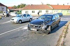ranní nehoda v Bezručově ulici