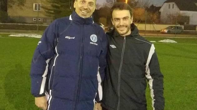 Petr Vlk a Daniel Krulich se ujali trenérské taktovky u A-třídních fotbalistů Záryb.