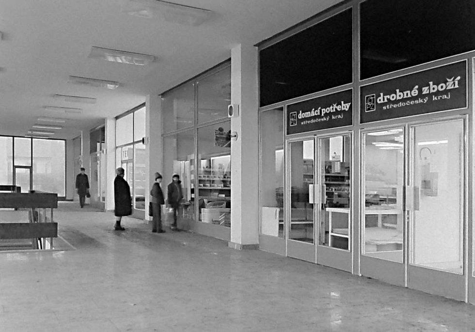 Mělničané se konečně dočkali velkých moderních prodejen.