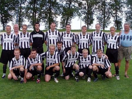 Okresní přeborníci sezony 2006/2007- tým SK Mšeno.