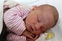 ELIŠKA PROCHÁZKOVÁ se narodila 14. června 2020 v mělnické porodnici. Po porodu vážila 4170 g a měřila 52 cm. Na dcerku se těšili rodiče Tereza Adamcová a Libor Procházka a nevlastní sestřička Káťa (5let).
