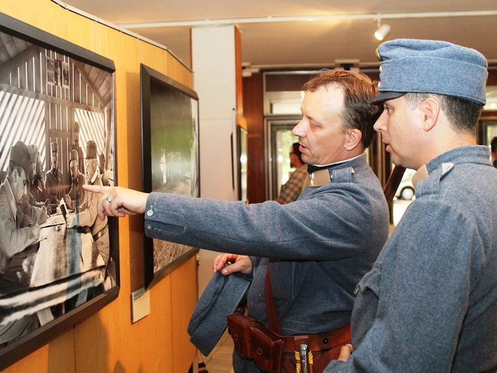 Výstava Fotografové války.