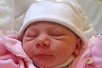 Michaela Micurová se rodičům Lence Válkové a Lubomíru Micurovi ze Štětí narodila 16. října 2011, vážila 2,50 kg a měřila 48 cm. Na sestřičku se těší 22letá Lenka a 18letá Petra.