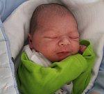 PETR PRCHAL se rodičům Barboře a Petrovi Prchalovi z Mělníka, narodil 12. dubna 2018 v mělnické porodnici, měřil 50 cm a vážil 3,36 kg.