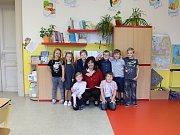Žáci 1. třídy ZŠ Čečelice paní učitelky Ilony Vejnárkové