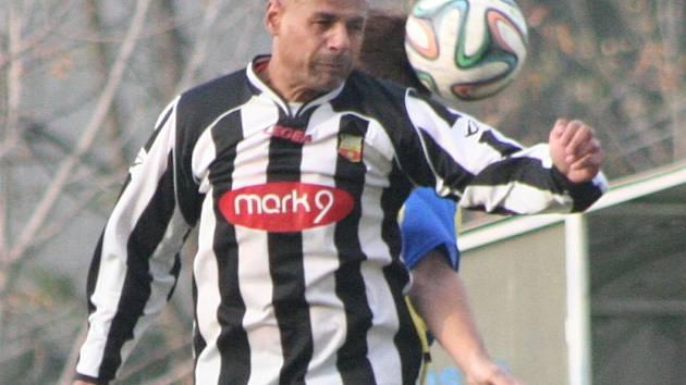 Josef Gabčo starší vyměnil dres mělnického FC za lobkovický.