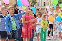 Školáci si připomněli 140. výročí Seifertovy školy.