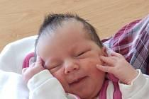 Amálka Douděrová se rodičům Jiřině a Jakubovi ze Střednice narodila 1. června 2016, vážila 3,15 kg a měřila 49 cm. Na sestřičku se těší 6letá Anežka.