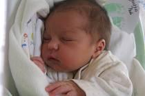 Petr Durda se mamince Lucii Durdové z Neratovic narodil v mělnické porodnici 10. června 2016, vážil 3,10 kg a měřil 49 cm. Na brášku se těší skoro 4letý Dominik.