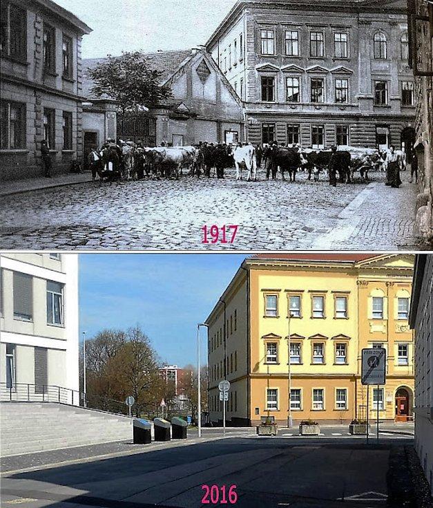 Rekvizice dobytka pro účely armády. Vpravo dívčí škola, vlevo obecní úřad, na jehož místě i dnes stojí městský úřad.