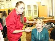 V rámci dnů otevřených dveří pořádala Soukromá střední zdravotnická škola v Mělníku projektový den.