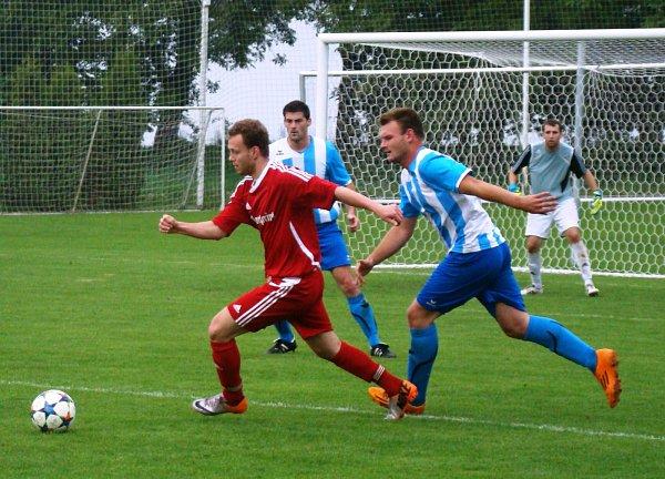 TJ Řepín (včerveném) - Sokol Záryby (1:0); 23.kolo I. B třídy; 23.května 2015