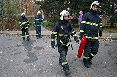 Úterní zásah hasičů na mělnickém sídlišti Sportovní.