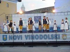 Dětský folklorní soubor Jarošáček byl na festivalu v Chorvatsku reprezentovat Českou republiku.